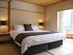 Japan hotels with restaurants