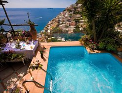 Positano hotels with swimming pool