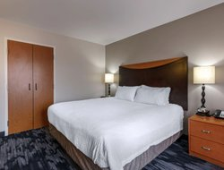 Columbus hotels with restaurants