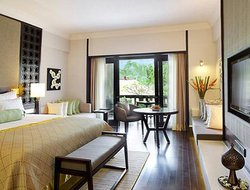 Top-3 hotels in the center of Banjar Tanah Lot