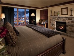 Pets-friendly hotels in Beaver Creek