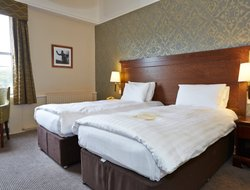 Thetford hotels with restaurants