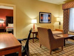 Pets-friendly hotels in Fort Smith
