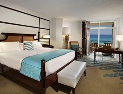 Palm Beach hotels with restaurants