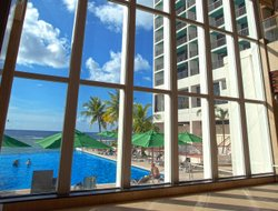 Tamuning hotels with swimming pool