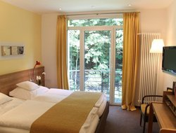 Iserlohn hotels with restaurants