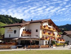 Corvara hotels with swimming pool