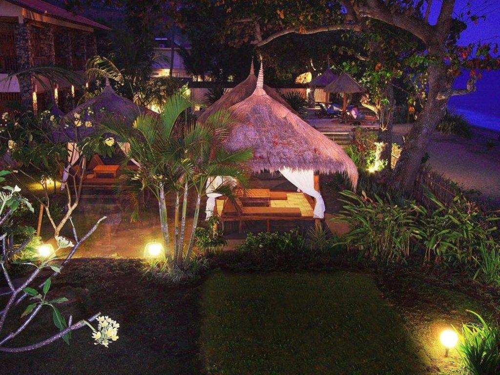 Hotel Sunsethouse Lombok Senggigi