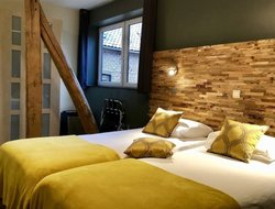 Sint-Truiden hotels with restaurants