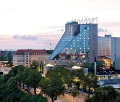 Berlim: CityBreak no Estrel Berlin desde 64.47€