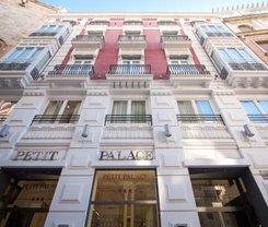Valência: CityBreak no Petit Palace Plaza de la Reina desde 53€