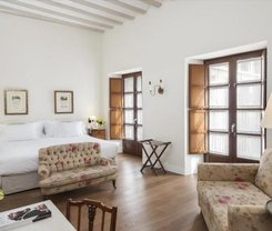 Sevilha: CityBreak no Hotel Amadeus & La Musica desde 73€