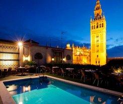 Sevilha: CityBreak no Hotel Doña María desde 59.73€