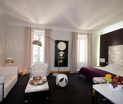 Madrid: CityBreak no Suite Prado desde 57.12€