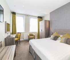 Londres: CityBreak no Phoenix Hotel desde 70.89€