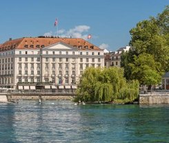Genebra: CityBreak no Four Seasons Hotel des Bergues Geneva desde 689€