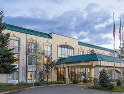 Evanston hotels for families with children