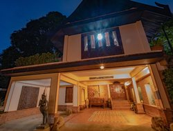 Pets-friendly hotels in Kamala