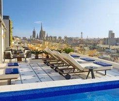 Barcelona: CityBreak no H10 Cubik 4* Sup desde 138€