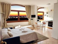 Cavaion Veronese hotels with lake view