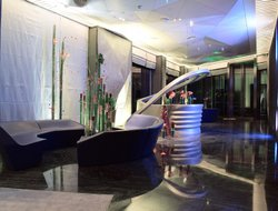 Shaoxing hotels with swimming pool