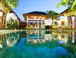 Seminyak hotels with swimming pool