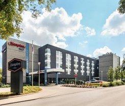 Varsóvia: CityBreak no Hampton by Hilton Warsaw Airport desde 44.78€