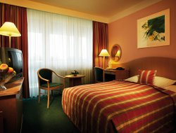 Ostrava hotels with restaurants