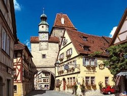 Rothenburg ob der Tauber hotels for families with children