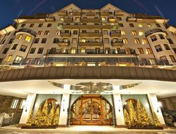 St. Moritz hotels with restaurants