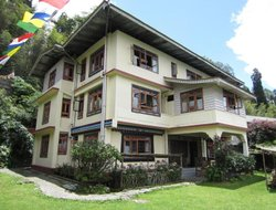 Gangtok hotels with restaurants