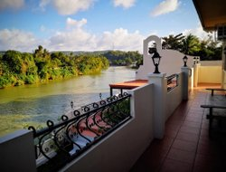 Philippines hotels with river view