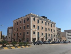 Trapani hotels with restaurants