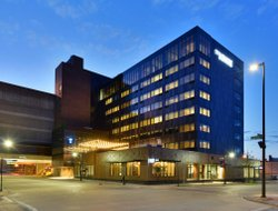 Top-9 hotels in the center of Eau Claire
