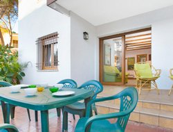 Pets-friendly hotels in Calella de Palafrugell