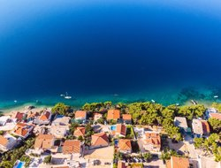 Omis hotels with swimming pool