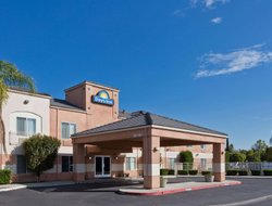 Top-4 hotels in the center of Lathrop