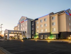 Muskogee hotels for families with children