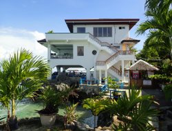 Pets-friendly hotels in Mactan Island