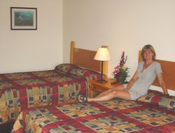 Revelstoke hotels with swimming pool