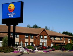 Pembroke hotels with restaurants