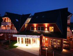 Graal-Mueritz hotels with restaurants