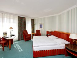 Magdeburg hotels with restaurants