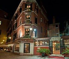 Veneza: CityBreak no Hotel La Fenice et Des Artistes desde 84.05€