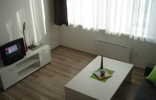 фото 2nd Home Apartment 987981961