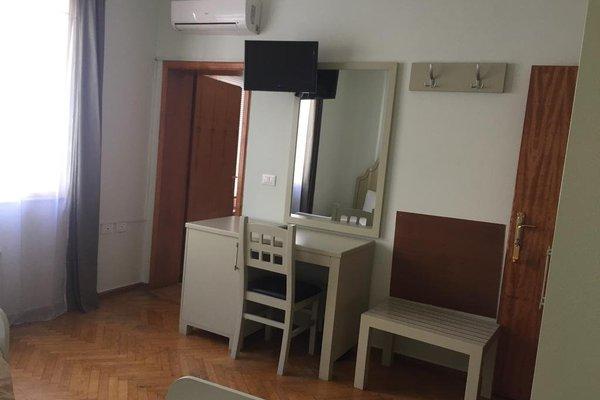 Hotel de Paris - 10