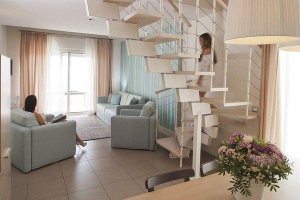Le Rose Suite Hotel - 11