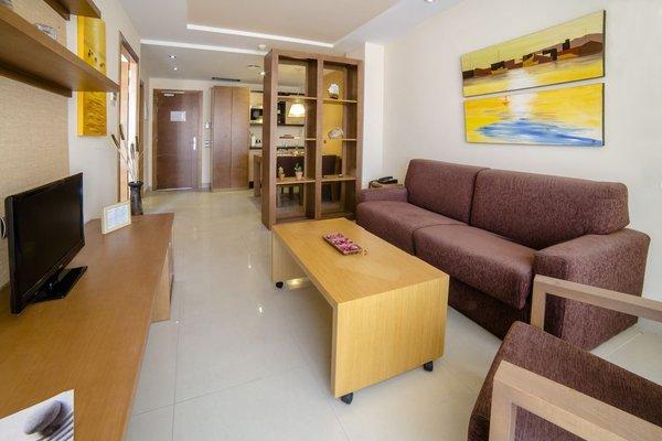Sand Cunit Aparthotel (ех. Manhatan Suites Cunit) - фото 8