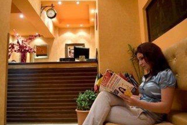 Stela Hotel Tirana - фото 16