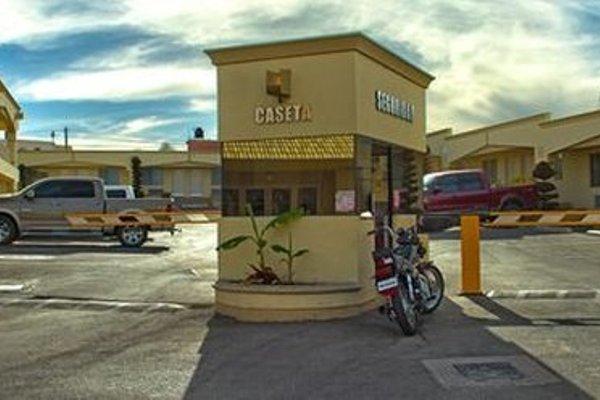 EL CASON HOTEL AND SUITES - 18